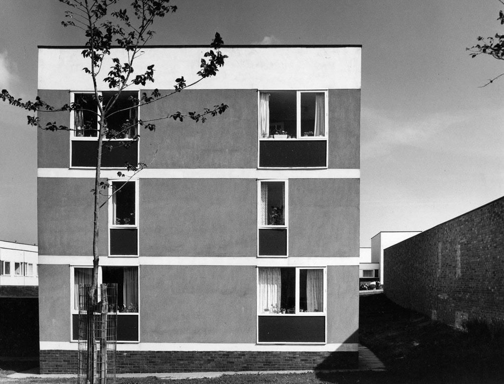 Kenton Bar housing